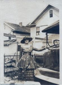 Anna (Irwin) McKee. 1912.