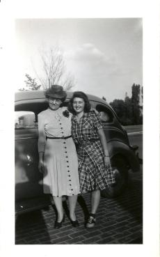 Grace McKee & Marilynn Bell 1944