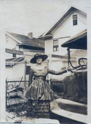 McKee 1912 Photo Anna.jpg
